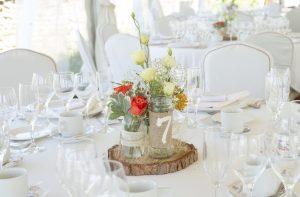 centro de mesa rustico flores