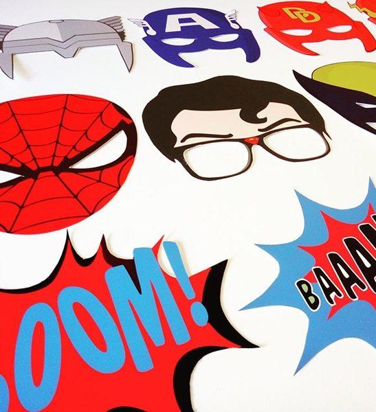 pack atrezzo superheroes